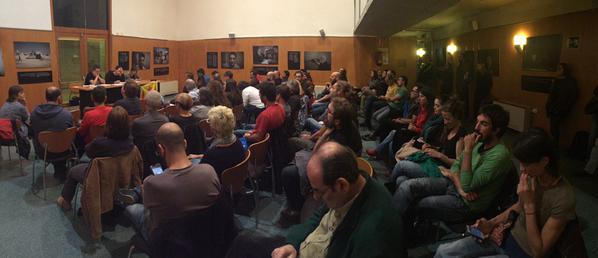 La CUP explica en una trobada oberta el seu posicionament en l'actual escenari polític català