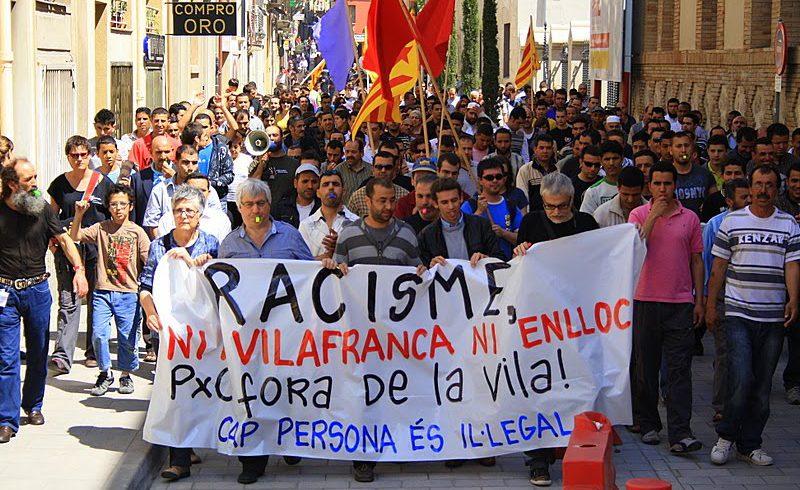 """La CUP de Vilafranca presenta la """"Guia de polítiques de ciutadania i immigració"""""""