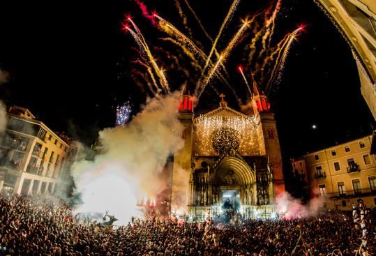 NOTÍCIA | Les regidores de la CUP rebutgen els privilegis reservats a les autoritats per Festa Major