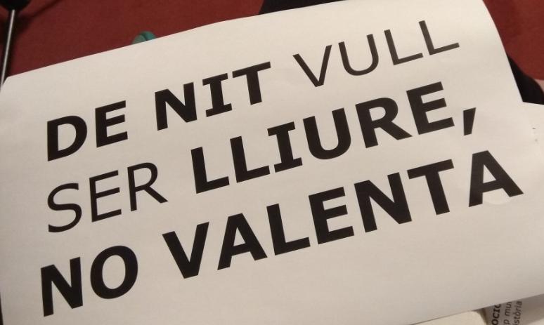 NOTÍCIA   La CUP de Vilafranca organitza una marxa exploratòria per descobrir racons insegurs de la vila des d'una perspectiva de gènere